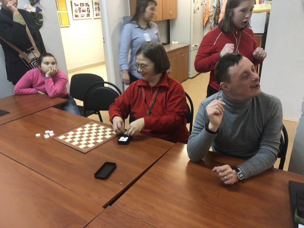 Соревнования по шашкам для лиц с ограниченными возможностями на базе ГУ Территориальный центр Московского района